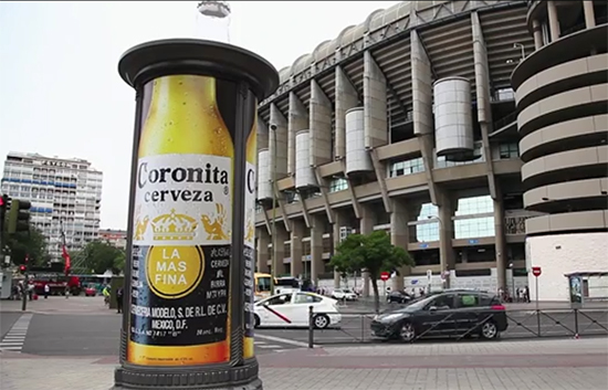 JCDecaux-corona-sign